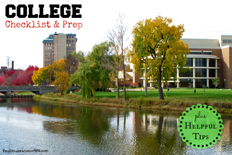 College Checklist and Tips