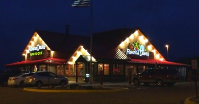 Famous Daves Maple Grove Minnesota