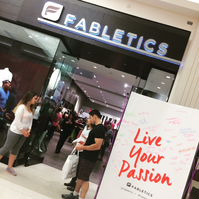 fabletics at mall of america