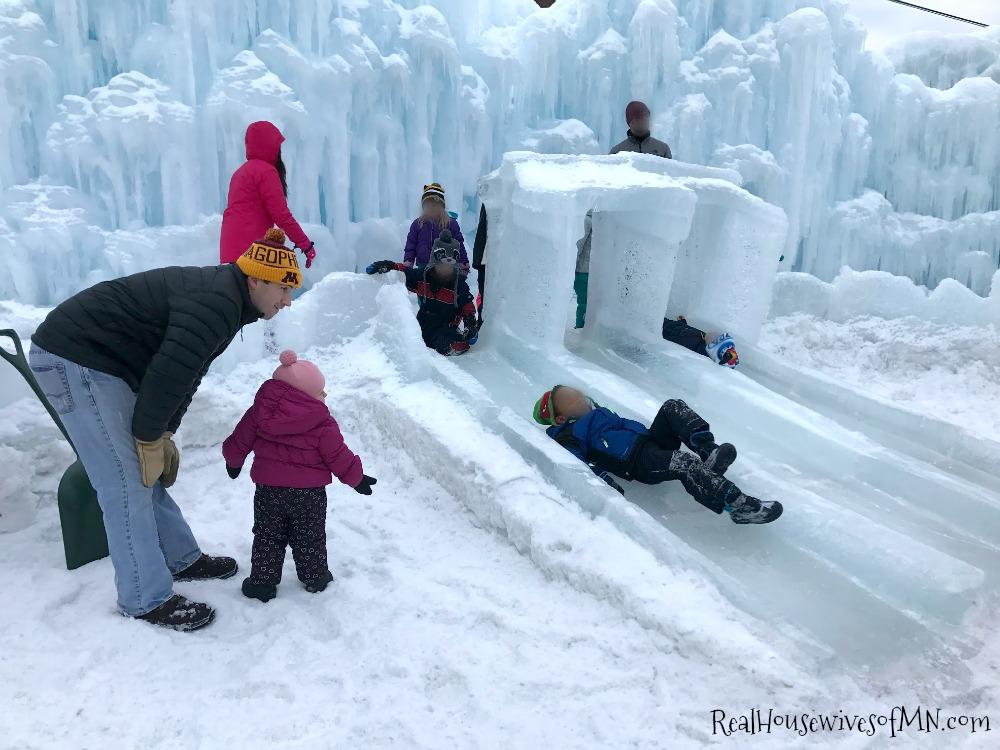 ice castles Minnesota Stillwater