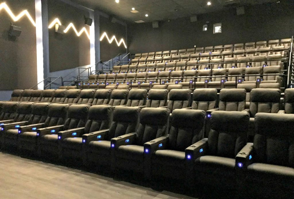 New Luxury Movie Theater In Plymouth Emagine Willow Creek